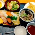 良寿し - 料理写真:寿司にぎりランチ
