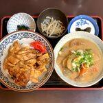 153809988 - 焼鳥丼定食(ミニ豚汁付) ¥1,220
