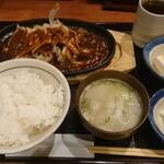 東京酒BAL 塩梅 - 名物とんてき定食¥990-