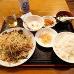 銀莱 - 肉野菜定食 税込858円