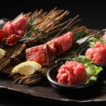 焼肉 炙屋武蔵 - 和牛刺身盛り合わせ\2,200【ユッケ・赤身刺し・たたき】