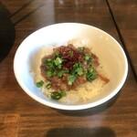 麺屋 宜候 - ミニルーロー飯