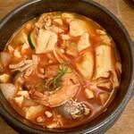 アリラン - 海鮮豆腐チゲ鍋