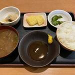 153859777 - 定食のご飯や味噌汁。