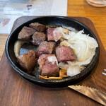 肉バル ビーフキッチンスタンド - 牛ハツのレアロースト