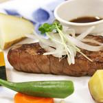 かつなりキッチンハウス - 料理写真:広島牛のステーキ(100g) 1050円
