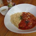 ボニーバタフライ - 豚のトマトソース煮 クスクス添え