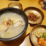 水刺齋 - 参鶏湯ハーフセット