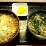 朝日屋 - ミニ玉子丼セット(550円)