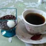 黄色いからす - デザートとコーヒー