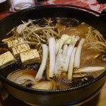 西新初喜 - すき鍋。まずはお野菜から・・・