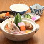 四國うどん - 鍋焼きうどん1050円