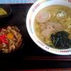 レストラン藤観光  - 料理写真:とりめし&ラーメンセット