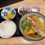 153954678 - 朝定食 390円 +トッピング きつねあげ 120円・ちくわの天ぷら 120円