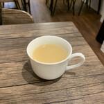 ナポリタン&ミートソース専門店 ちゃっぷまん - 味噌汁