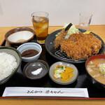 とんかつ 栄ちゃん - 米の娘豚厚切りロースかつ定食