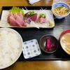 魚八 - 料理写真:「刺身四点盛 定食」700円税込み