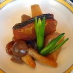 銀座アスター - 冷製根菜煮物