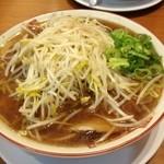 二両半 鶴橋本店 - 醤油ラーメン 680円