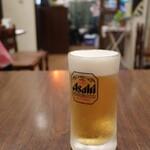 ビストロ福昇亭 - 生ビール(アサヒ/小450円税込)。