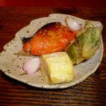 蔵屋敷 LUNA 交野屋 - 桜鱒煎り雲丹焼き、玉子焼き、タラの芽