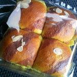 15400431 - かぼちゃパン 168円
