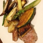 くえろ・くえら - 自家製ソーセージと焼き野菜