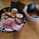 麺屋 たけ井 - 特製つけ麺小追加チャーシューロース