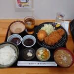 とんかつ 栄ちゃん - 料理写真:大万吉豚ロースかつ定食@2250