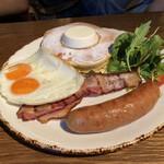 154091286 - Combo fried egg( IVYブレックファーストパンケーキコンボプレート~ソーセージベ-コンフライド)