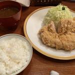 154100699 - カツレツ+ご飯・赤出し・おしんこ