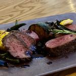 野菜ビストロ レギューム - 鹿肉 ベリーソース