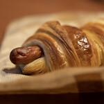 ヒッポー製パン所 - ソーセージ