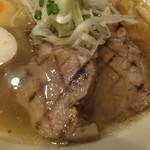 麺屋 ふぅふぅ亭 - グリルチャーシューも美味しかったです。