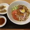 コレッサ - 料理写真:みそダレ冷めん(ぎょうざ付き)