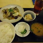 15412452 - 日替りA定食(鮪ハラモバターソテー) 700円