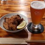 SHIBASAKITEI+ - 熱々鶏から揚げとクラフトビールのセット500円