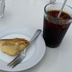 154134130 - アイスコーヒーと梨のプリン
