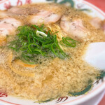 ラーメン魁力屋 - 料理写真:醤油ラーメン 715円