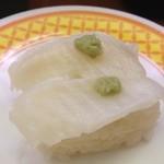 魚べい 南砂店 - エンガワ(柚子わさび)