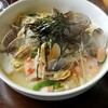 フォーシーズン - 料理写真:あさり・海老・いかのスープスパゲッティー。