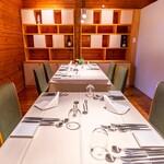 レストラン ラ・フォンテーヌ - 店内のお席(半個室でお使いいただけます)