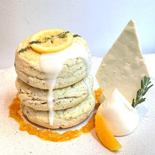 【夏限定】煎茶香る!夏の和風レモンパンケーキ¥1650