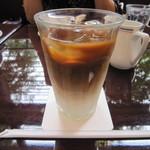 パパス・カフェ - アイス カフェ オ・レ 700円