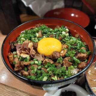 幸丼 - 料理写真:豚玉丼