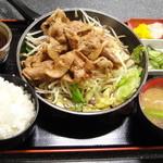 15418033 - トンテキ風ロース焼肉定食