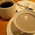 15418044 - ブランマンジェとコーヒー
