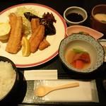旬房 街道 青葉 - サンマのフライ&竜田揚げ定食(ランチ)