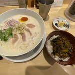 鶏そば 久遠 - 料理写真: