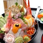 〆のミニ海鮮丼(汁・お新香付き) ※